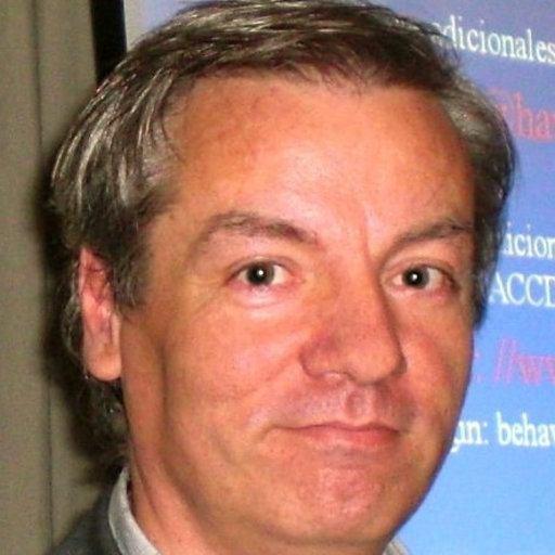 Dr Luis Valero